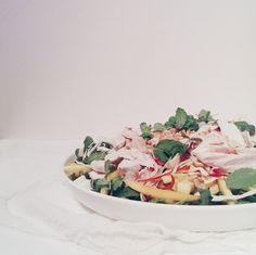 thai mango chicken salad | tincansandwoodenspoons.com Mango Chicken Salads, Thai Mango, Recipes, Rezepte, Recipe, Cooking Recipes
