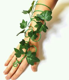 Poison ivy arm cuff