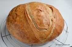 Paine de casa reteta simpla pas cu pas care nu da gres | Savori Urbane Cooking Bread, Bread Baking, Bread Recipes, Cake Recipes, Pita, Food Wishes, Romanian Food, Our Daily Bread, Pastry And Bakery