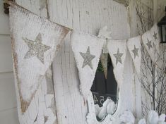 Tarnished Silver Stars Painted Burlap Banner, Patriotic, of July Bunting Garland, Bunting Banner, Bunting Ideas, Star Banner, Fabric Garland, Burlap Crafts, Diy Crafts, Vintage Christmas, Christmas Crafts