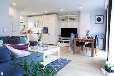 Salon w kolorach pastelowych. - zdjęcie od Kwadraton - Salon - Styl Skandynawski - Kwadraton