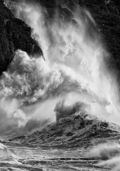 "2014 Landscape Photographer of the Year © Graham Eaton/Landscape Photographer of the Year   ""Dances with Waves"" - Llŷn Peninsula, Wales"