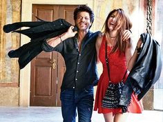 The first song, titled Radha, from the upcoming film Jab Harry Met Sejal will be out today. - Jab Harry Met Sejal new still: Shah Rukh Khan and Anushka Sharma paint a happy-go-lucky picture for the first song Radha Srk Movies, Hindi Movies, Drama Movies, Shahrukh Khan, Bollywood Celebrities, Bollywood Actress, Lucky Picture, Glamour World, Fashion News
