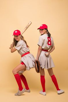 Okay, so this costume has been on our collective Halloween bucket lists since, like, 4th grade. We don't just love Penny Marshall's 1992 flick about girls playing baseball for all the great quotes ...