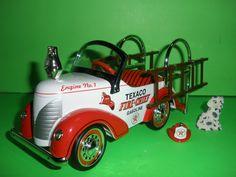 1998 Texaco Pedal Car Fire Engine Truck Dalmatian Crown Premium Die Cast 1:6 scale