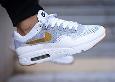 Nike ID Air Max 1 Ultra Flyknit (by Aurél Seive) . – Sweetsoles – Sneakers, kicks and trainers. On feet. Best Sneakers, Air Max Sneakers, Sneakers Fashion, Sneakers Nike, Cheap Sneakers, Fashion Shoes, Nike Air Max, Air Max 1, Zapatillas Nike Air