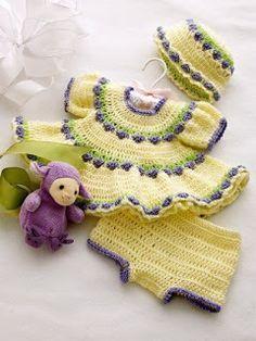 Ely Handmade: Set croşetat pentru copii (rochiţă, pălărioară, pa...
