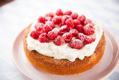 Sardinia Flourless Polenta Cake Gourmet Cooking, Gluten Free Cooking, Gluten Free Desserts, Gluten Free Recipes, Polenta Cakes, Cheese Polenta, Goat Cheese, Easy Cake Recipes, Baking Recipes
