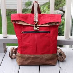 I finished this Range Backpack by just in time for an adventure today. Waxed canvas is from and the clip… Waxed Canvas Bag, Diaper Backpack, Sewing Rooms, Handmade Bags, Sewing Projects, Bag Design, Backpacks, Handbags, Tote Bag