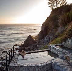 Daily Daydream! Take a moment to sit back, unwind, and leave the noise of the day behind.  Find out more about #spiritual #retreats like the Esalen Institute in #BigSur, #California.