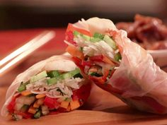 Get Spring Rolls with Asian Chili-Lime Dipping Sauce Recipe from Food Network Shrimp Spring Rolls, Chicken Spring Rolls, Shrimp Rolls, Summer Rolls, Healthy Recipes, Asian Recipes, Ethnic Recipes, Asian Foods, Healthy Meals