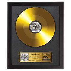 """Dieser Award ist nicht nur etwas für Musikfans! Mit diesem Schallplatten Bild mit persönlicher Widmung ehrst du ein treues, """"goldenes"""" Ehepaar. via: www.monsterzeug.de"""