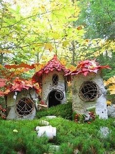 the wee folk decorate for the autumn festivities in the garden240 x 320 | 52.4KB | pinterest.com