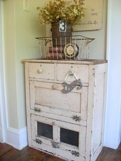 Distressed cabinet (from Must Love Junk )