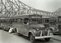 Calcutta is probably the best city to go to if one wants to live out some Indian History. Here are ten pictures of the city beginning from when it was the British Capital of India, right up to the Rare Historical Photos, Rare Photos, Vintage Photographs, Iconic Photos, Antique Photos, Old Pictures, Nature Pictures, Fun Facts About India, Vintage India