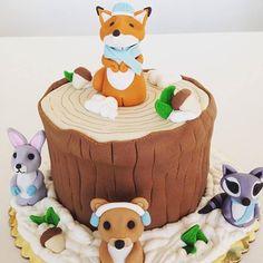 #Woodland #Creatures #Fondant #Cake