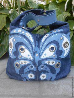 """Купить Джинсовая сумка """" Бабочка"""" - синий, джинсовая сумка, сумка из джинсы, аппликация из кожи"""