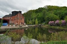 Evergreen brickworks for that toronto hipster charm Brick Yard, Toronto Neighbourhoods, Beautiful Places, Beautiful Pictures, Laid Back Wedding, Brickwork, Old Buildings, Get Outside, Grand Prix