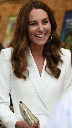 Kate Middleton Outfits, Middleton Family, Princess Kate Middleton, Kate Middleton Style, Prince William Family, Prince William And Kate, William Kate, Prince Harry And Kate, Kate And Pippa