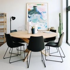 This Ethnicraft Oak Circle Dining Table, crafted from solid European Oak, is designed by Alain Van Havre drawing his inspiration from his amazement over classic Japanese puzzles. Round Oak Dining Table, Circle Dining Table, Wooden Dining Tables, Oak Table, Modern Dining Table, Dining Table Chairs, Table Furniture, Oak Wall Shelves, Side Chair