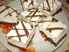 Romanian Desserts, Romanian Food, Healthy Freezer Meals, Cake Bars, Winter Food, Nutella, Gingerbread, Food And Drink, Cooking Recipes