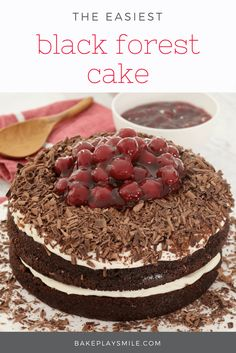 Easy Thermomix Black Forest Cake This Black Forest Cake is made with the most delicious layers of rich and fudgy chocolate cake, softly whipped cream, morello cherries, and of course, plenty of grated chocolate! Thermomix Desserts, Köstliche Desserts, Delicious Desserts, Delicious Dishes, Sweet Recipes, Cake Recipes, Dessert Recipes, Party Recipes, Yummy Recipes