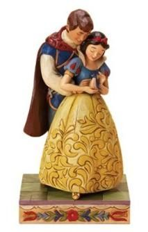 If you haven't seen Jim Shore's Walt Disney figures, like this one with Snow White and Prince Charming, you have missed a treat.