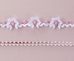 Wonderful Ribbon Embroidery Flowers by Hand Ideas. Enchanting Ribbon Embroidery Flowers by Hand Ideas. Hand Embroidery Videos, Hand Embroidery Stitches, Silk Ribbon Embroidery, Hand Embroidery Designs, Embroidery Patterns, Crazy Quilt Stitches, Crazy Quilt Blocks, Ribbon Art, Ribbon Crafts