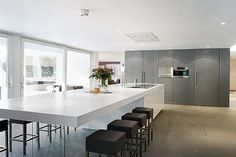 & & & & Kitchen countertop, Modern: Hints, with Exclusive Models Open Plan Kitchen Living Room, Kitchen Room Design, Kitchen Interior, New Kitchen, Kitchen Decor, Dining Room, Small Kitchen Layouts, Home Kitchens, Kitchen Remodel