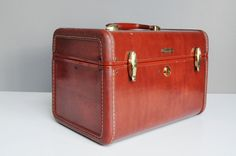 Your place to buy and sell all things handmade Vintage Luggage, Train Case, Art Deco Period, Vintage Handbags, I Shop, Buy And Sell, Ideas Para, Handmade, Stuff To Buy