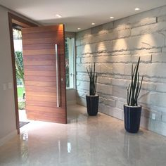 Modern House Interior Entrance Ideas For 2019 Modern Entrance Door, Home Entrance Decor, House Entrance, Entrance Doors, Modern Wood Doors, Modern Front Door, Wood Front Doors, White Panel Doors, Flur Design