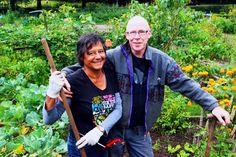 Wilbert en Gerrie over hun moestuin, en hoe je  Indische boerenkoolsoep maakt: http://www.slowfoodies.nl/duurzaam/indische-boerenkoolsoep-video/
