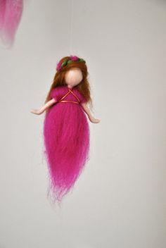 Kwekerij mobiele Waldorf Geïnspireerd: de roze kleuren wol