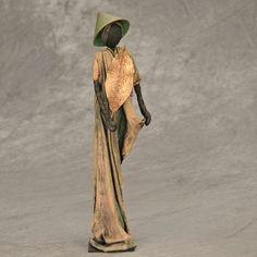 In de loop der jaren creëerde Jossy honderden sculpturen als voorbeelden voor beurzen, opleidingsdagen en workshops. De hier getoonde creaties zijn beschikbaar voor verkoop. Op deze pagina worden ook regelmatig nieuwe beelden toegevoegd (en verkochte exemplaren verwijderd). Indien u interesse heeft in de aankoop van 1 of meerdere creaties, mail even naar info@josefine-art.com. Geef svp …