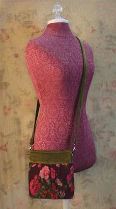Sprays of vibrant blooms glow on rich aubergine embellishing this soft cotton purse. Romantic Outfit, Romantic Clothing, Victorian Trading Company, Make An Effort, Clothes Horse, Cool Hairstyles, Classy, Velvet, Purses