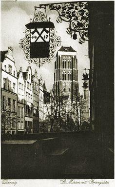 St. Mary church and Piwna street (St. Marien mit Jopengasse).