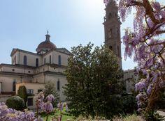 Eleonora e Lamberto Frescobaldi nel palazzo Oltrarno a Firenze che ospita tutta la famiglia tra dipinti antichi e opere di artisti contemporanei.