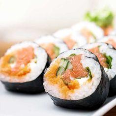 Ti aspettiamo Martedì 17 Maggio dalle ore 19.30 alle ore 22.30 con Chef Tatsumoto Tozai di SUSHI LIFE TOZAI al corso, a pagamento (49,00 €), di Sushi giapponese Avanzato. http://www.villamontesiro.com/corsi-di-cucina/corso/sushi-avanzato-corso-di-cucina/