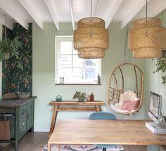 Hanging Chair, Instagram Posts, Wallpaper, Room, Furniture, Insta Saver, Home Decor, Design, Atelier