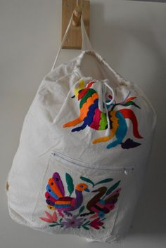 Otomi hand embroidered bag | Otomi back-pack | style purse |colorful bag| Computers bag | ipad back pack by OtomiMexico   #MexicanBag # OtomiMexico #100organicCotton #beautiful tas