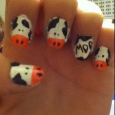 Ahhhhh!!!!!!!  I love cows!  I wonder what type of look I'd get if I asked the lady at the nail place to do this on my toes?