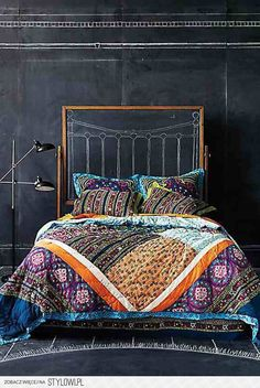 ethnic, tribal, colorful, inviting, eye catching, relaxing