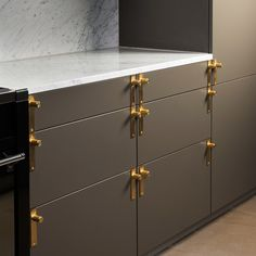 Furniture Handle - Brass