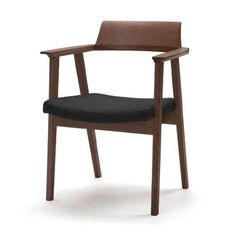 mm SH 420 mm AH 630 mm Oak / Walnut + Fabric / Leather Oak polyurethane color finish) Walnut Modern Furniture, Furniture Design, Furniture Chairs, Cafe Chairs, Dining Chairs, Low Chair, Outdoor Lounge Chair Cushions, Upholstered Chairs, Armchair