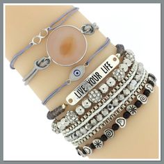 Creeër je eigen arm party ! Creëer een trendy armcandy look met onze prachtige armbanden . Mix & Match ! Go get your favourite ! www.armbandonlinekopen.nl