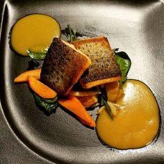 Nyt blogissa hehkutusta jonka pääroolissa nieriä  Now on the blog a post about the beautiful fish meal that I enjoyed last Friday. #uusipostausblogissa #linkkiprofiilisssa #moreontheblog #linkinbio #yhteistyö#blogiyhteistyö @hotelrantapuisto #nieriä #ateria #illallinen #meal #dinner #finedining #onnomnom #instagood #fish #food #picoftheday #photooftheday #instadaily #bestoftheday #foodporn #instapic #healthy #yummy #igdaily