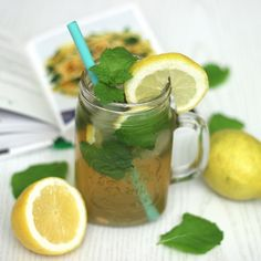Iced Tea, Moscow Mule Mugs, Tableware, Lemon, Dinnerware, Tablewares, Ice T, Sweet Tea, Dishes