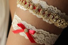 Red and Gold Wedding Garter Red Garder Red Wedding Rhinestone Garters for Wedding Red Bridal Garders for Plus Size Lace Garter with Bling Gold Wedding Shoes, Rhinestone Wedding, Red Wedding, Gold Weddings, Wedding Sets, Fall Wedding, Wedding Stuff, Bridesmaid Accessories, Wedding Accessories