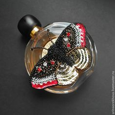 """Купить Брошь-бабочка """"Мой кавалер"""" - бабочка, брошь, Вышивка бисером, украшения ручной работы"""