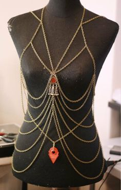 Body chain for a gypsy belly dancer